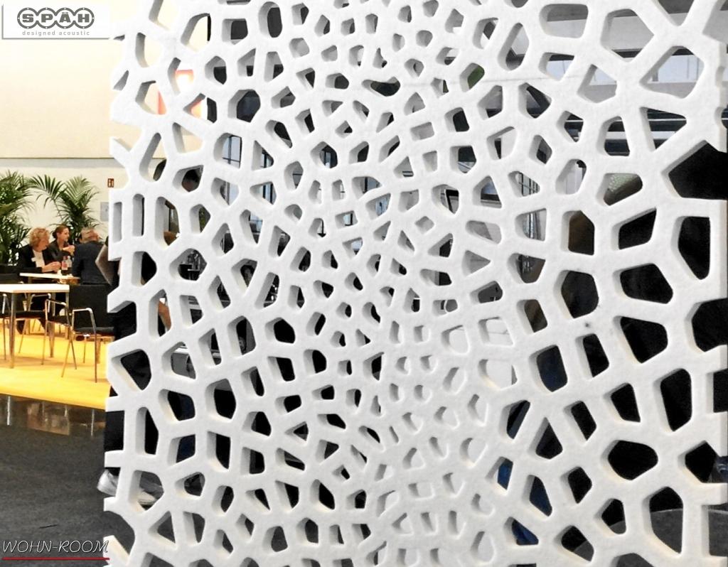 wandverkleidung_akustik_spaeh-acoustic_designed-acoustic-divider_voronoi_off-white_akustikpaneel_wandverkleidung_schallabsorbation_design_wohn-room