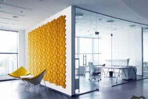 wandverkleidung_kork_beehive_dekor_organic-blocks_muratto_wandverleidung_akustikpaneel_korkpaneel_wohn-room