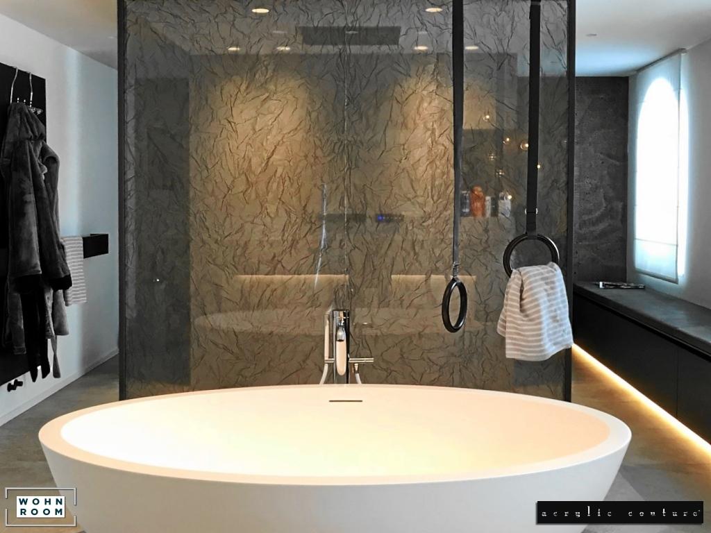 wandverkleidung_durchblick_lizard_acrylic_couture_wandpaneele_acrylwand_acrylpaneele_wohn-room